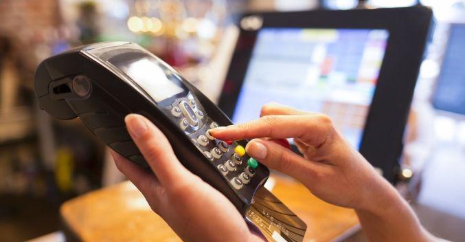 Každá siedma pokladnica má mať upravený softvér, daniari chystajú online evidenciu po vzore ČR